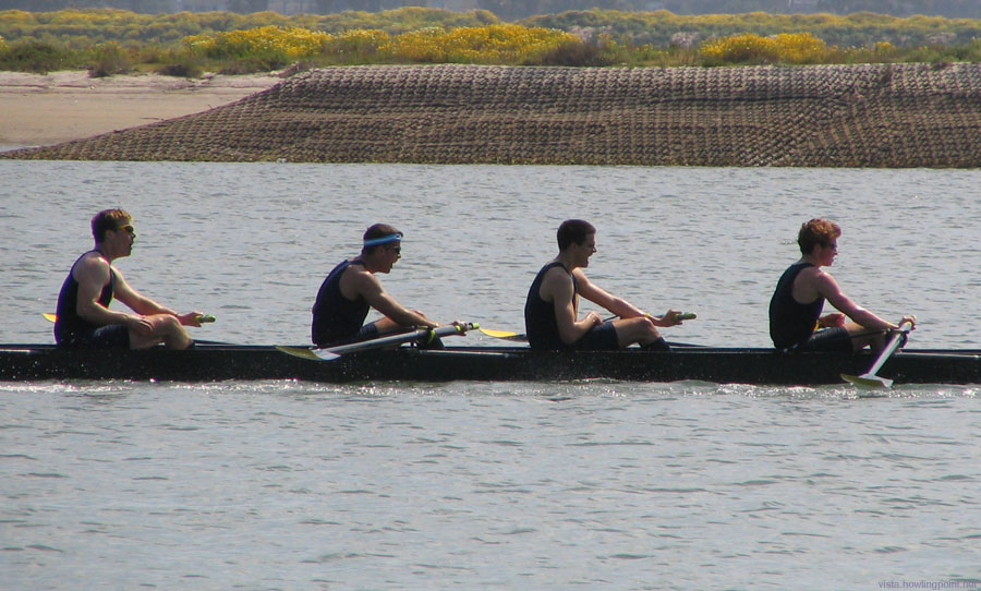 Cal Men's Novice A boat: Easy victory over the field.