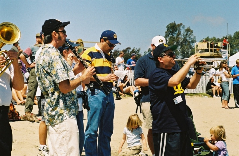 Cal Alumni band plays