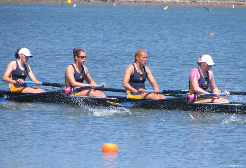 Cal Women rowing to victory
