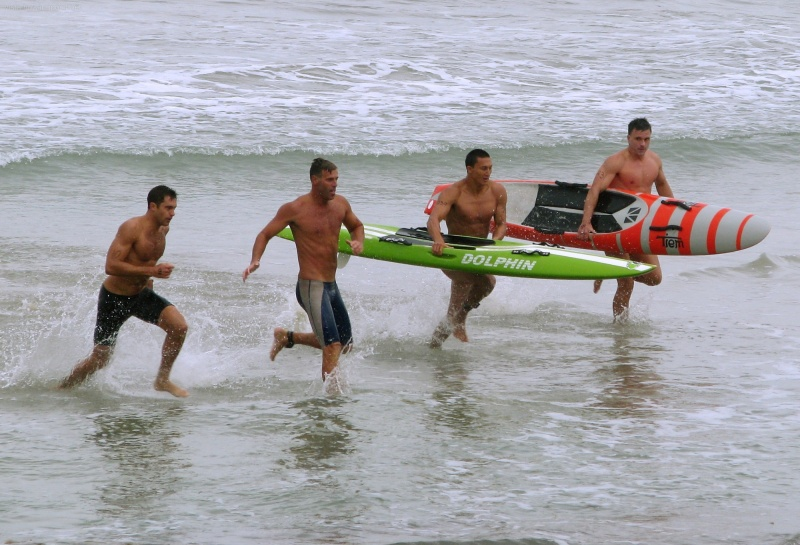 Surfski finish